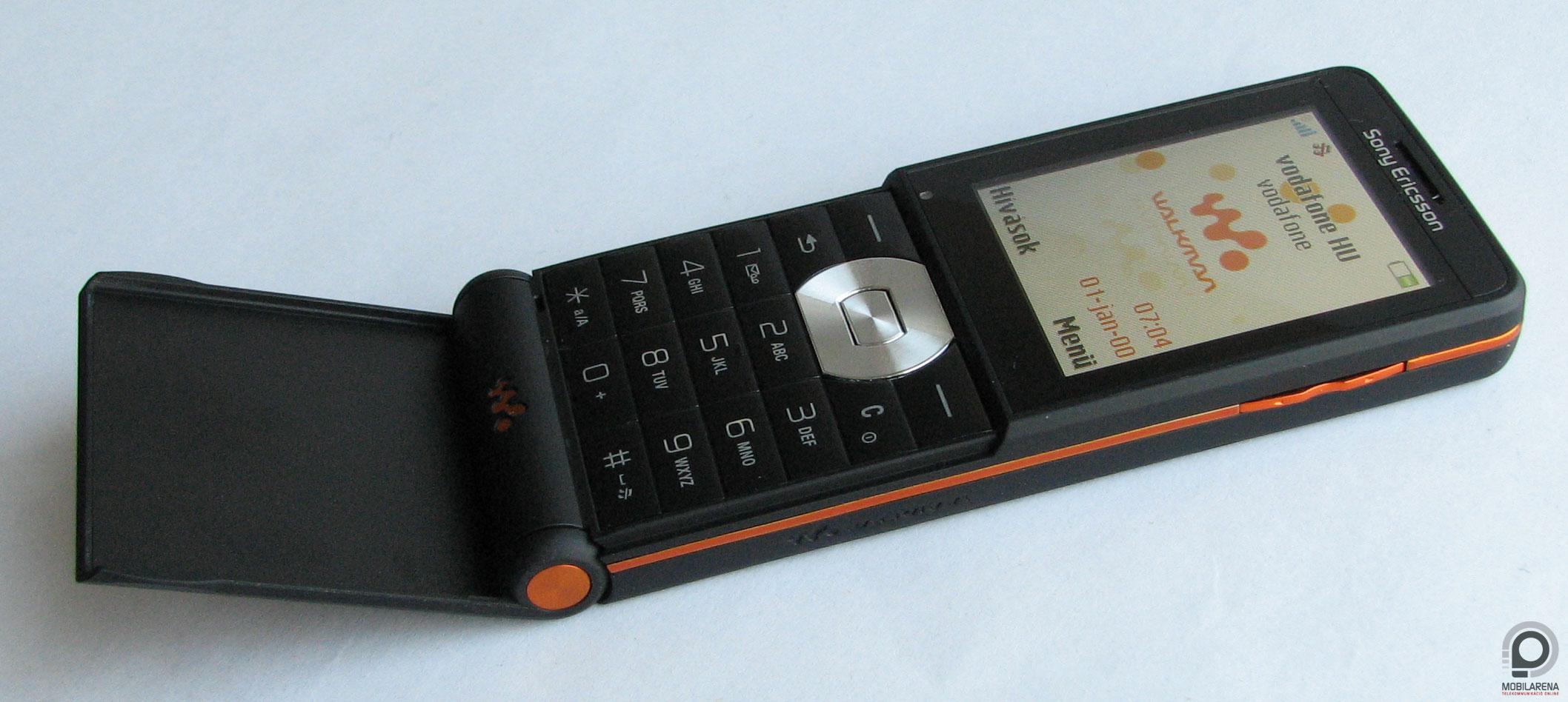 Sony Ericsson W350i - flip-flap