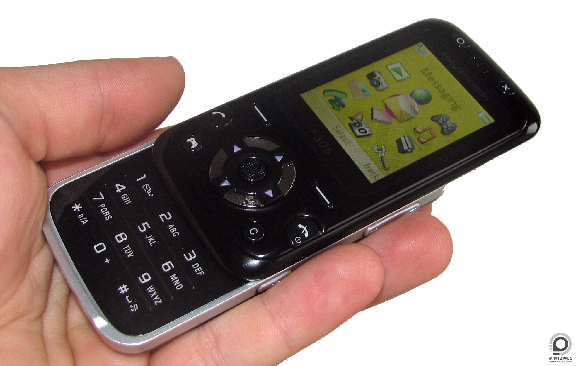 Sony Ericsson F305 - games and music