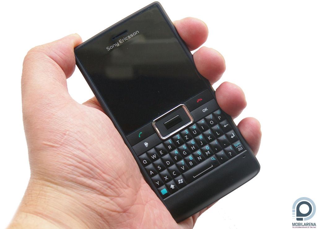 Sony Ericsson Aspen - már ötletnek is rossz - Mobilarena Okostelefon ... dc7beb2648