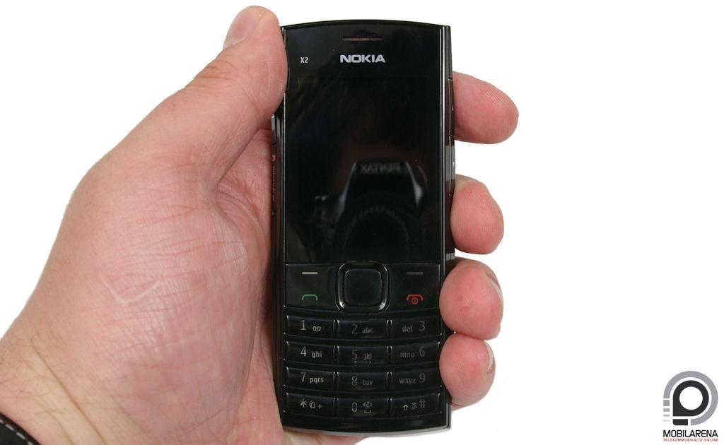 Nokia X2-02 - oldalr�l j� - Mobilarena Mobiltelefon teszt