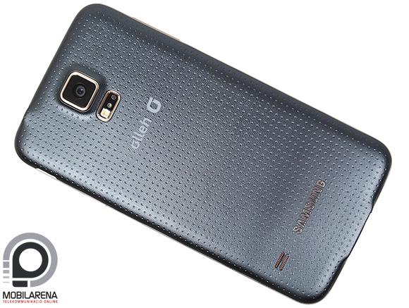 A Samsung Galaxy S5 LTE-A QHD megjelenítőt és Snapdragon 805-öt kapott