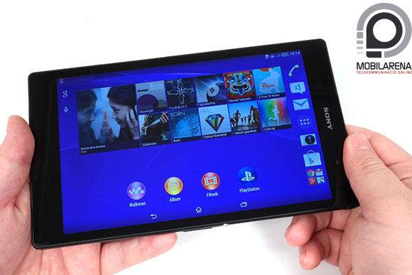 Sony Xperia Z3 Tablet Compact kézben tartva