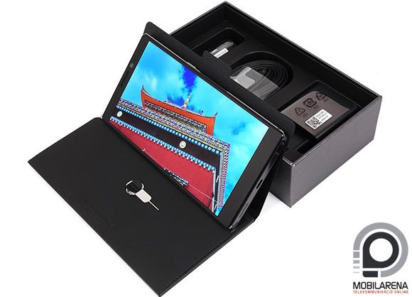 A Lenovo Vibe Z2 Pro doboza szép és tartalmas