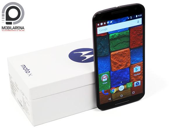 A Motorola Moto X 2014 fehér dobozban kapható