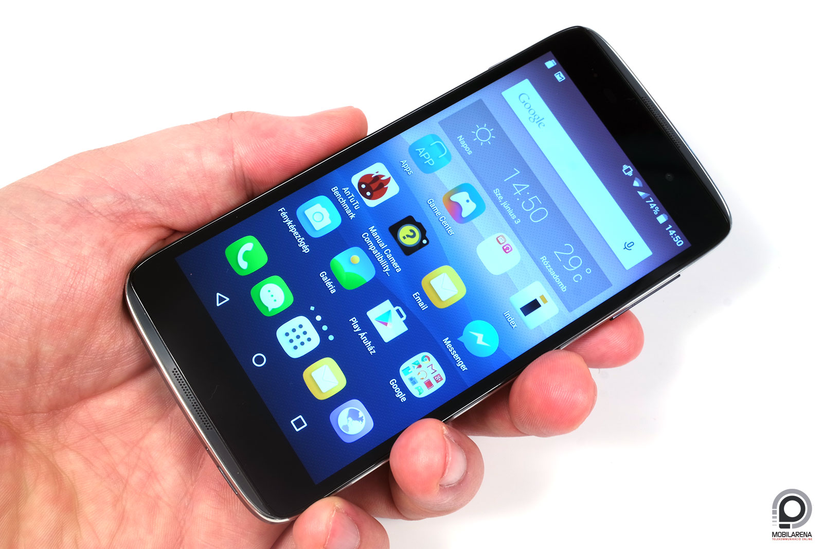 Az LG Watch Urbane LTE okosóra világújdonságnak számít