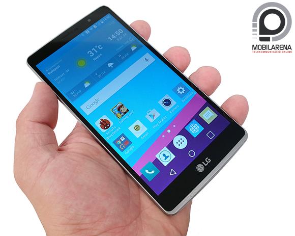 LG G4 Stylus kézben tartva