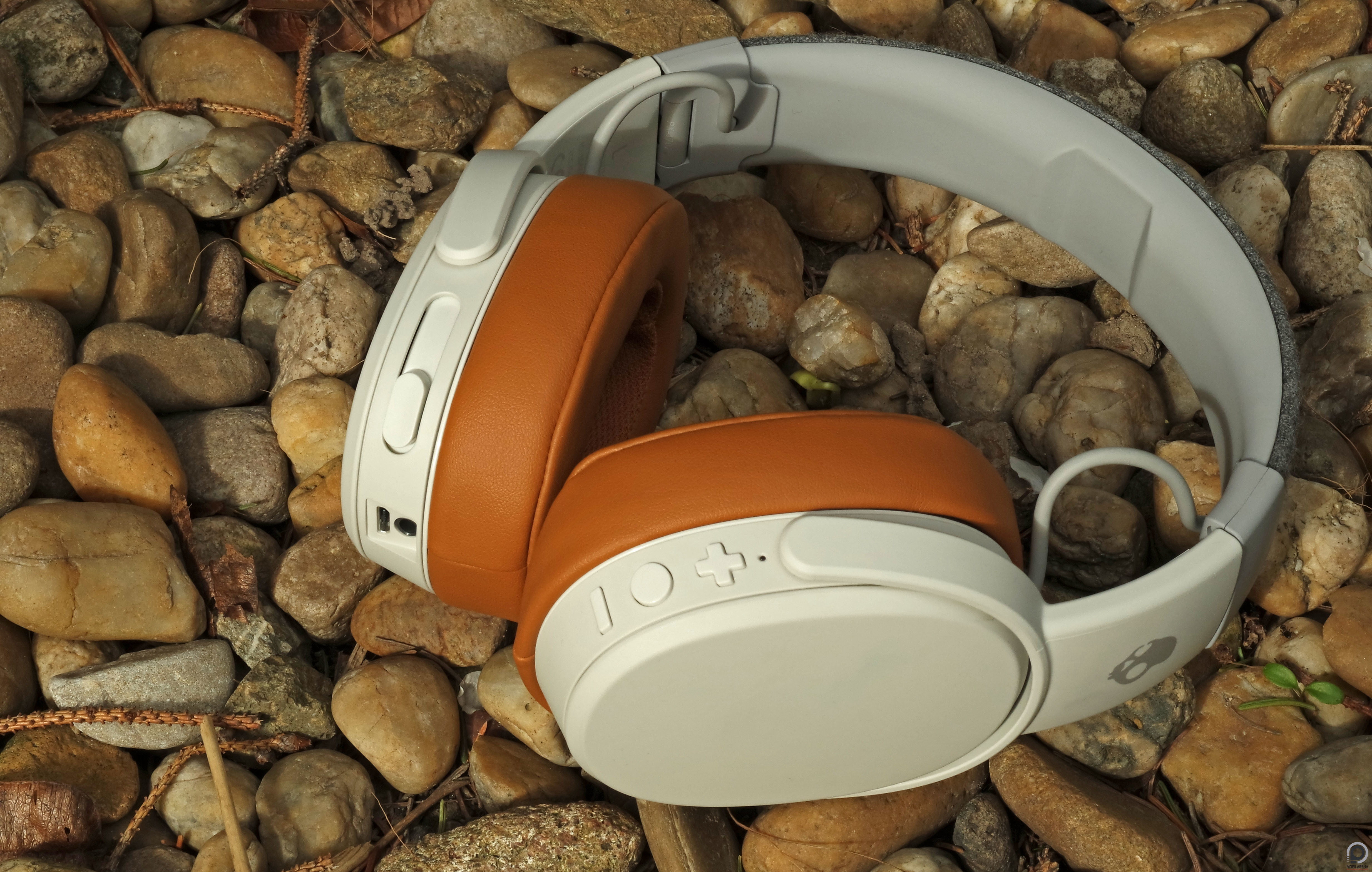 Skullcandy Crusher Wireless - ez elég rázós - Mobilarena Tartozékok ... 9ea88b01d7