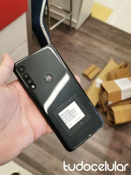 A Moto G8 Play élőképen