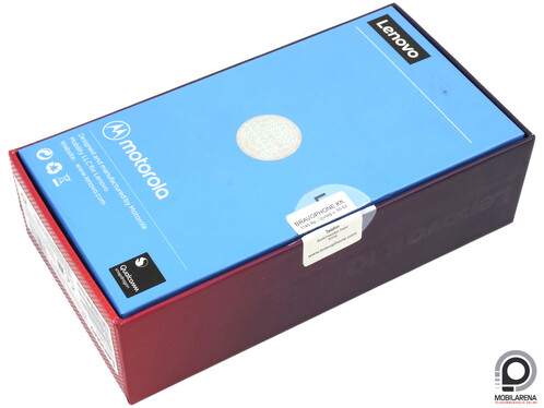 The box also has Lenovo and Motorola labels